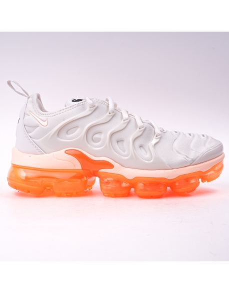 Nike Womens Air VaporMax Plus PHANTOM/CRIMSON TINT-TOTAL ORANGE-BLACK