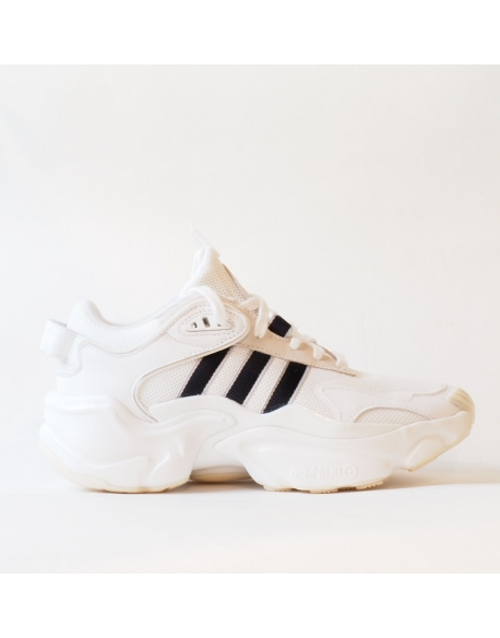 ADIDAS MAGMUR RUNNER W WHITE/BLACK