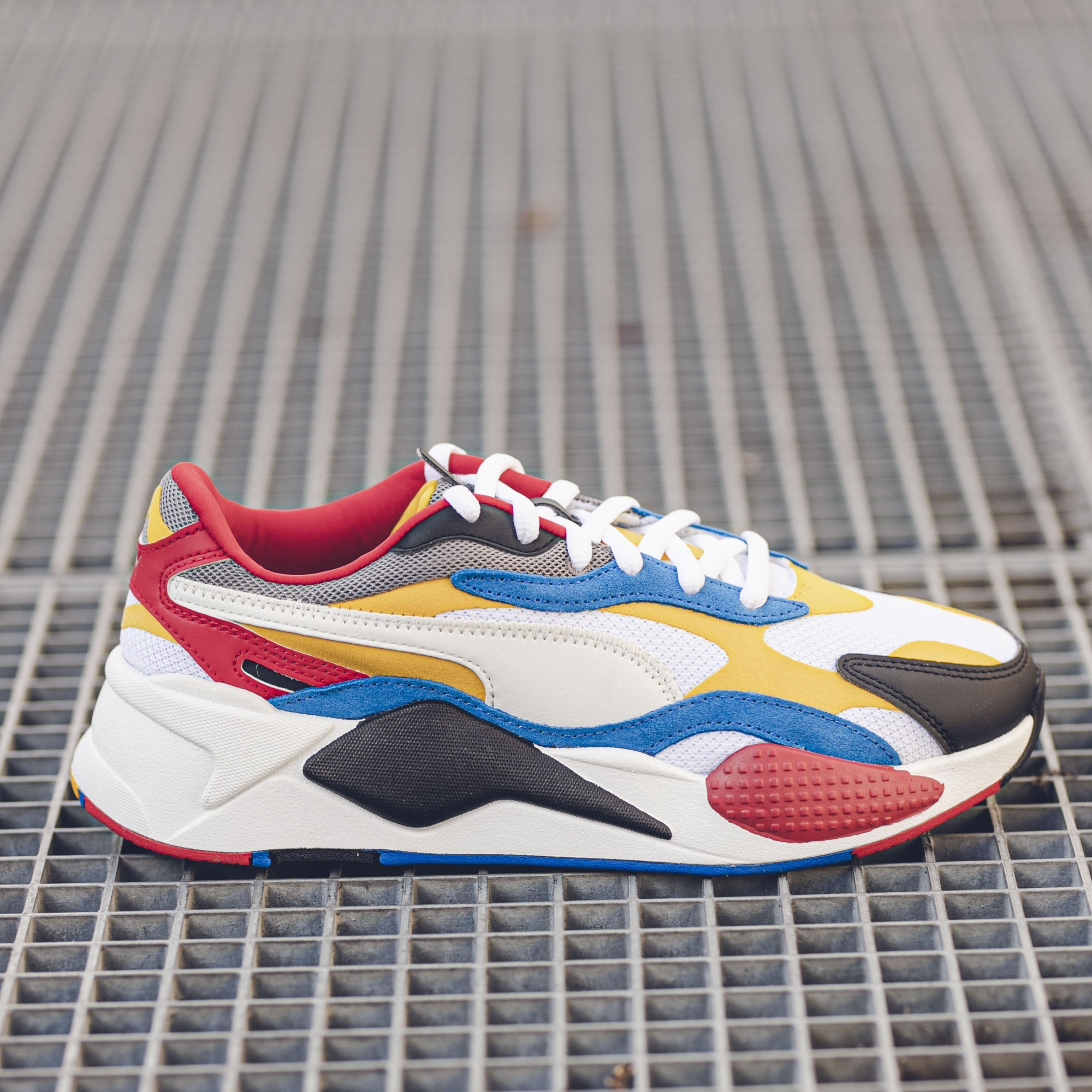 PUMA RS-X3 PUZZLE.PUMA WHITE SPECTRA/YELLOW/BLACK - Slash Store