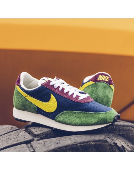 NIKE DAYBREAK OBSIDIAN/DYNAMIC YELLOW-COSMIC BONSAI