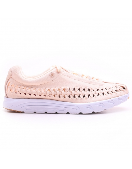 NIKE WOMEN'S MAYFLY WOVEN QS SHOE BARELY ORANGE