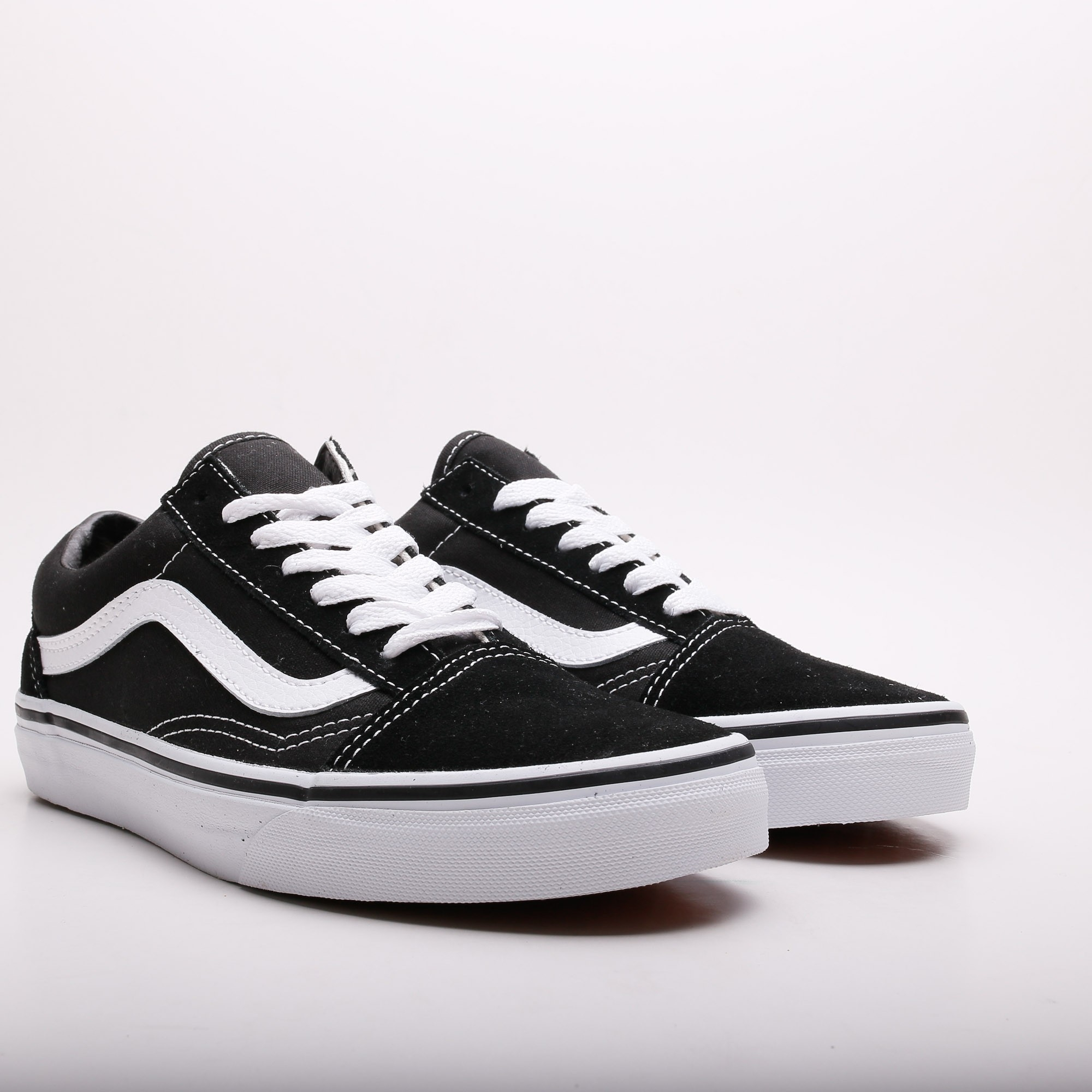 vans old skool black white slash store. Black Bedroom Furniture Sets. Home Design Ideas