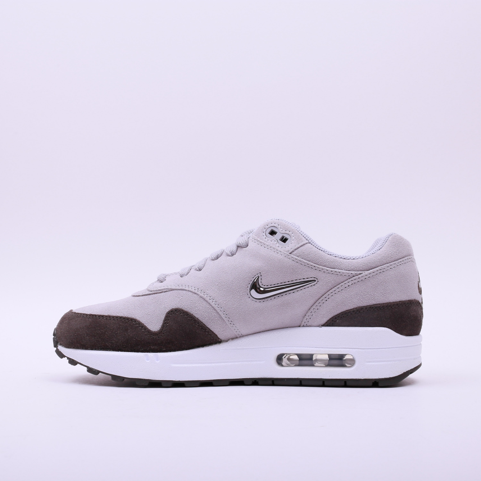 nike women 39 s air max 1 premium sc grey slash store. Black Bedroom Furniture Sets. Home Design Ideas
